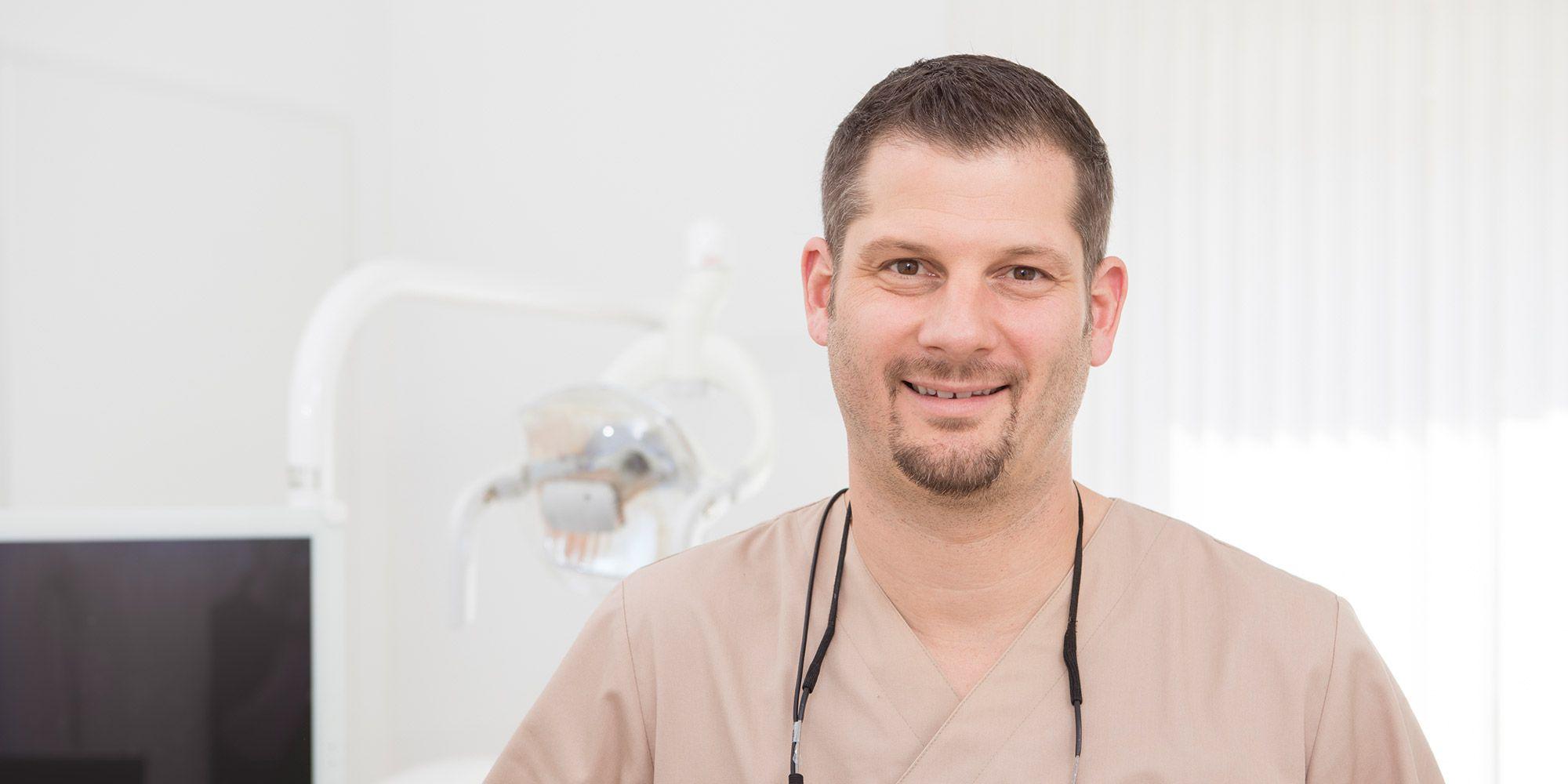 Zahnarzt Hersbruck, Philip Dörnemann